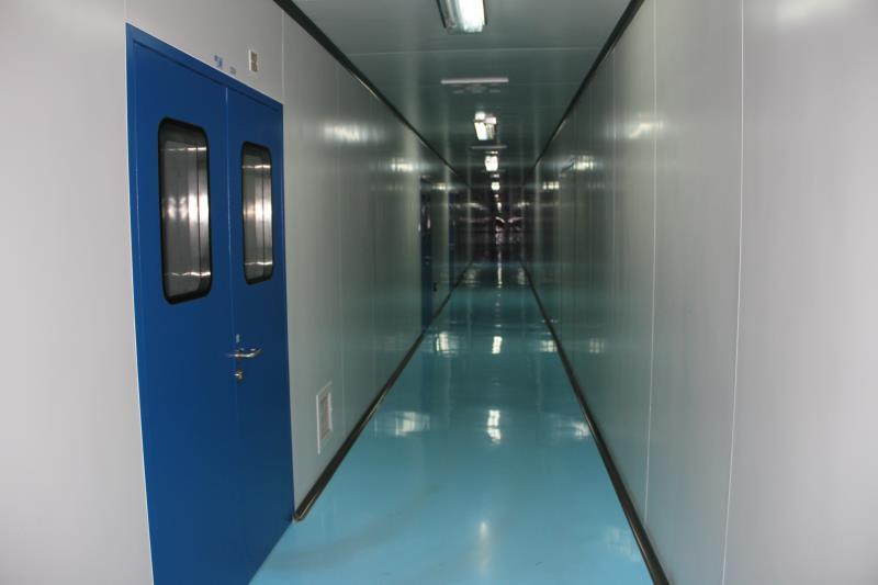 无菌万博网页版登陆膜吹膜制袋车间走廊